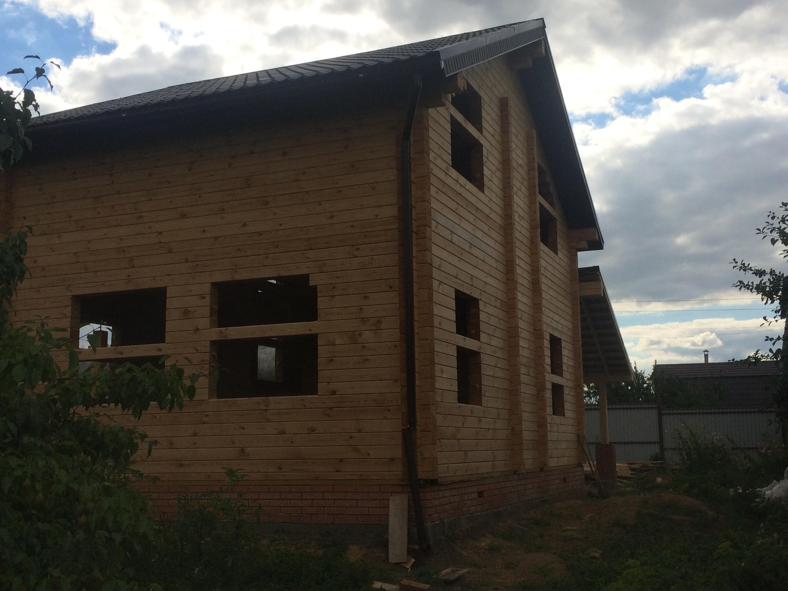 Двухэтажный дом из бруса. СНТ Буровик